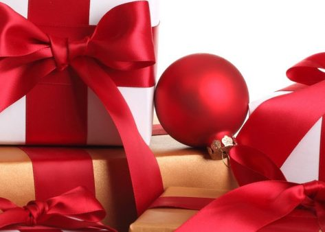 Last minute presents for friends and family abroad